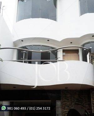 barandas-de-acero-inoxidable-de-balcon-con-vidrio